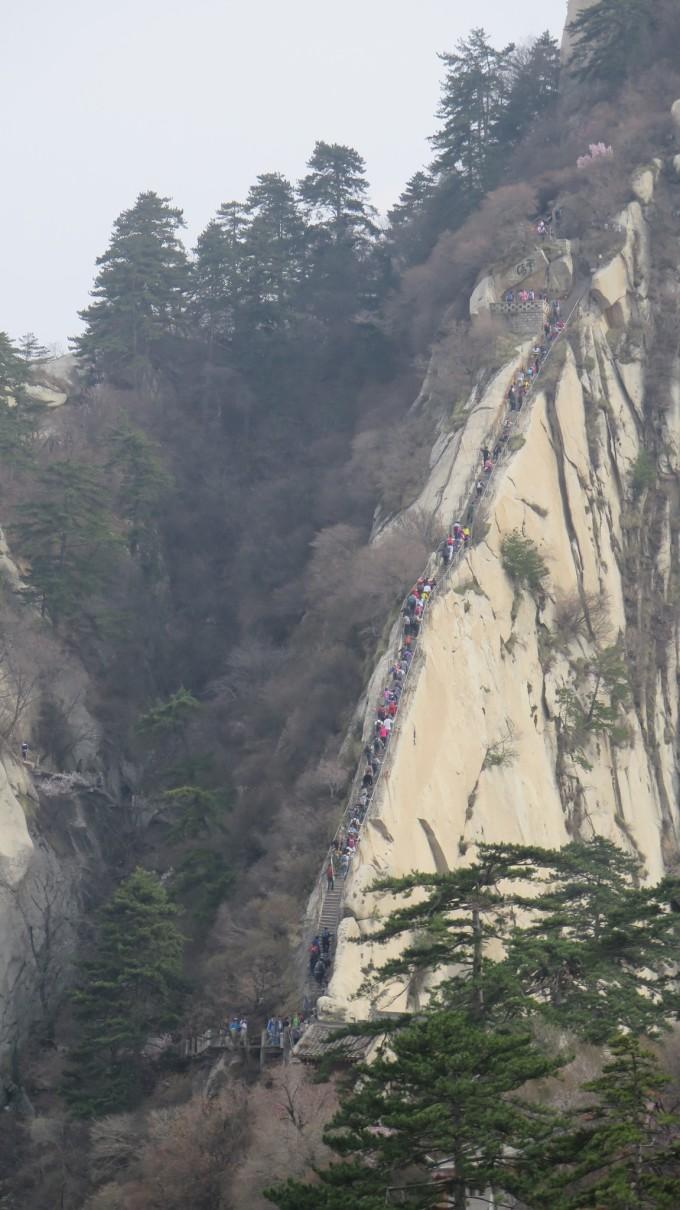 2014年春 走遍五岳之西岳华山 徒步登山领略奇险天下第一山图片